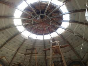 Дивовижна конструкція куполу