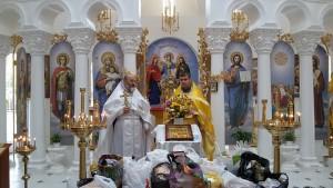 Отець Юрій та ієрей Богдан