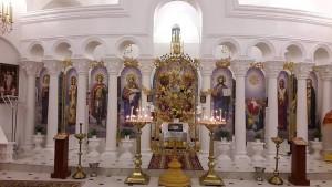 Осяяна Божою благодаттю та світом свічок
